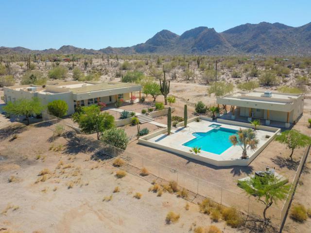 2104 S Coyote Trail, Maricopa, AZ 85139 (MLS #5778792) :: My Home Group