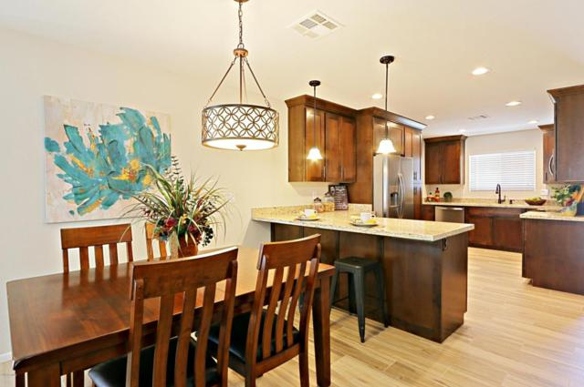 11037 W Meade Drive, Sun City, AZ 85351 (MLS #5779093) :: Kortright Group - West USA Realty