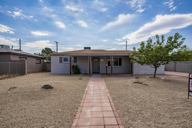 8227 N 27TH Drive, Phoenix, AZ 85051 (MLS #5781356) :: Lifestyle Partners Team