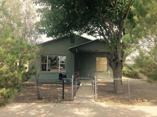1118 E 13TH Street, Douglas, AZ 85607 (MLS #5782848) :: The Daniel Montez Real Estate Group