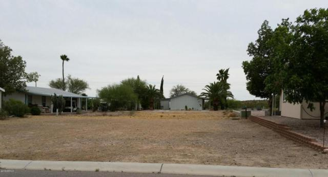 3726 N Iowa Avenue, Florence, AZ 85132 (MLS #5782859) :: The Wehner Group