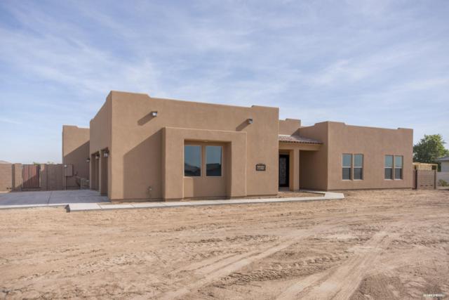 7235 S 221st Avenue, Buckeye, AZ 85326 (MLS #5783663) :: Devor Real Estate Associates