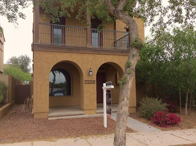 21034 W Elm Way Way, Buckeye, AZ 85396 (MLS #5793615) :: Kortright Group - West USA Realty