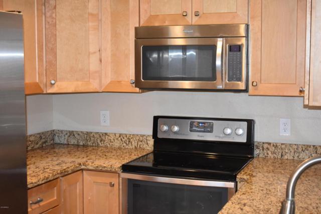 7527 N 47TH Lane, Glendale, AZ 85301 (MLS #5793720) :: REMAX Professionals