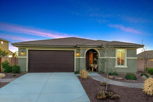 3017 S 185th Drive, Goodyear, AZ 85338 (MLS #5795081) :: Kortright Group - West USA Realty