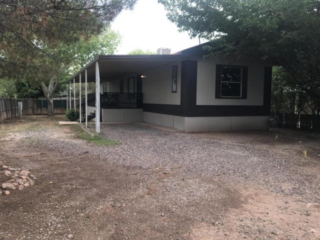 2429 E Carnation Street, Douglas, AZ 85607 (MLS #5795557) :: Brett Tanner Home Selling Team