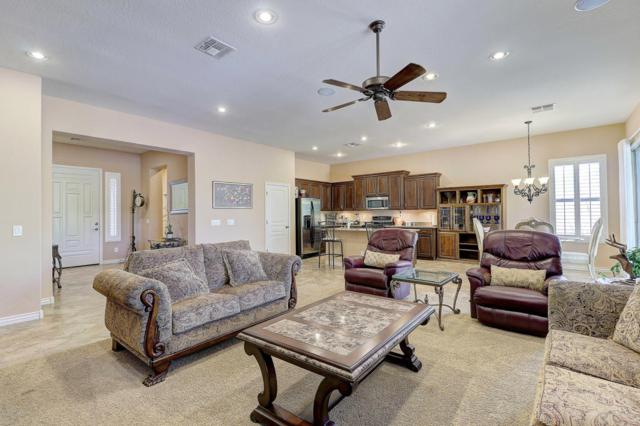 13021 S 181ST Avenue, Goodyear, AZ 85338 (MLS #5796053) :: The Sweet Group