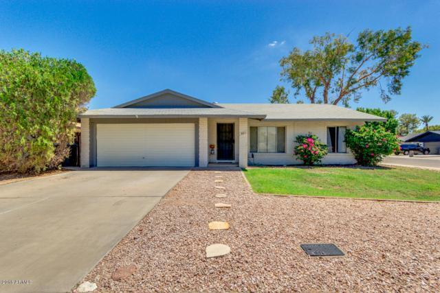 801 E Divot Drive, Tempe, AZ 85283 (MLS #5796497) :: Berkshire Hathaway Home Services Arizona Properties