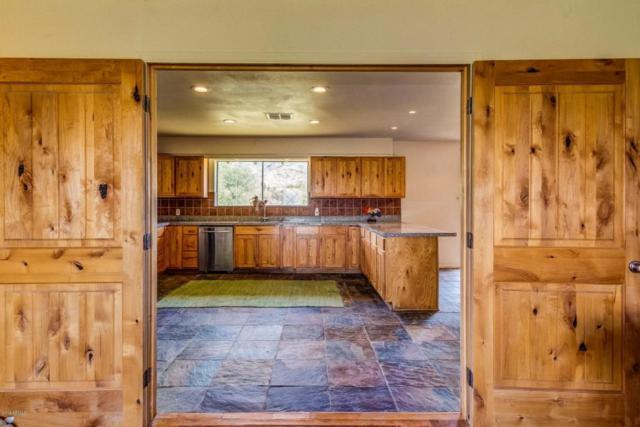 10002 S 30TH Drive, Laveen, AZ 85339 (MLS #5796575) :: Kelly Cook Real Estate Group