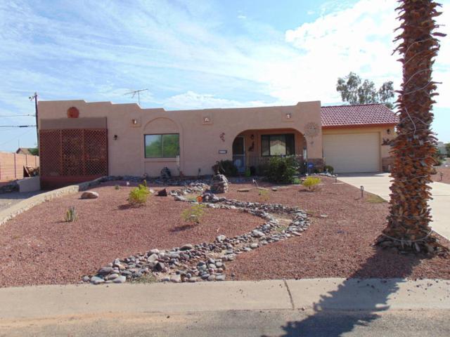 9034 W Madero Drive, Arizona City, AZ 85123 (MLS #5800179) :: The Garcia Group @ My Home Group