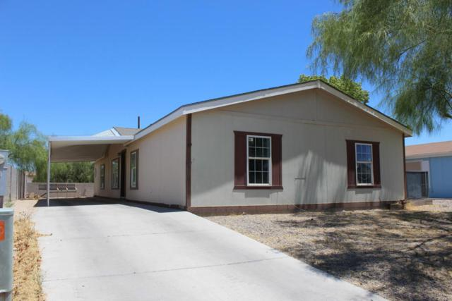 69 N Mulberry Street, Florence, AZ 85132 (MLS #5800406) :: Yost Realty Group at RE/MAX Casa Grande