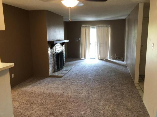 5525 E Thomas Road F8, Phoenix, AZ 85018 (MLS #5802802) :: The Daniel Montez Real Estate Group