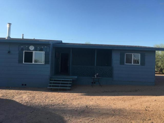 1022 W Escondido Court, Apache Junction, AZ 85120 (MLS #5802978) :: Yost Realty Group at RE/MAX Casa Grande