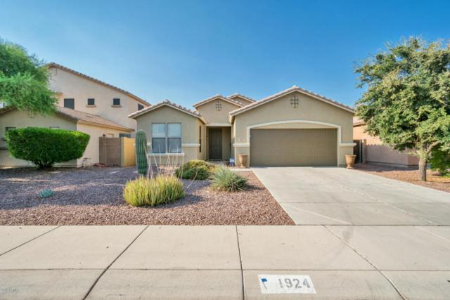 1924 W Fruit Tree Lane, San Tan Valley, AZ 85142 (MLS #5803349) :: The Garcia Group @ My Home Group