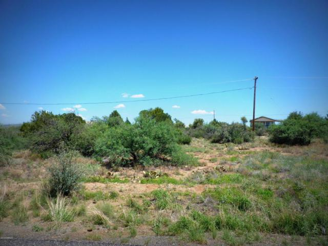 20547 E Sunset Lane, Mayer, AZ 86333 (MLS #5803904) :: CC & Co. Real Estate Team