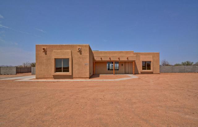 25414 N 195TH Avenue, Wittmann, AZ 85361 (MLS #5804576) :: The Daniel Montez Real Estate Group