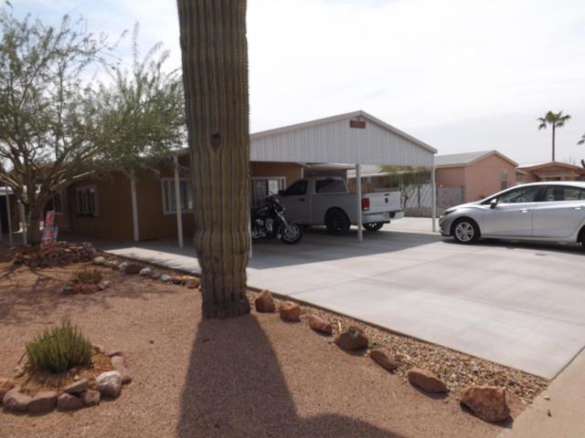 2137 S Tomahawk Road, Apache Junction, AZ 85119 (MLS #5804784) :: The Daniel Montez Real Estate Group