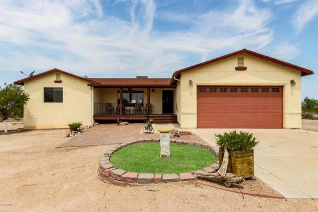 13702 N Hexcel Road, Florence, AZ 85132 (MLS #5805125) :: Yost Realty Group at RE/MAX Casa Grande