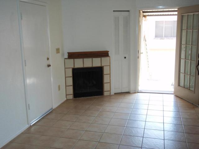 30 E Brown Road #2073, Mesa, AZ 85201 (MLS #5807097) :: The Daniel Montez Real Estate Group