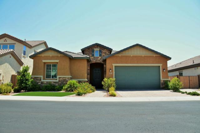 1933 E Canyon Way, Chandler, AZ 85249 (MLS #5807579) :: The Garcia Group @ My Home Group