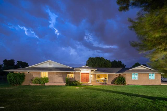 1120 E Sage Brush Street, Gilbert, AZ 85296 (MLS #5808002) :: Realty Executives