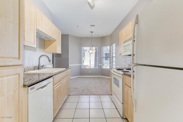 9600 N 96TH Street #125, Scottsdale, AZ 85258 (MLS #5808779) :: The Daniel Montez Real Estate Group