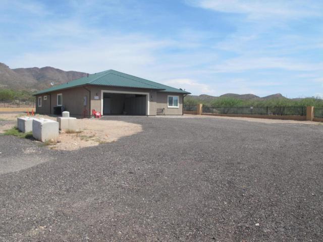352 W Highlands Drive, Superior, AZ 85173 (MLS #5809405) :: Yost Realty Group at RE/MAX Casa Grande