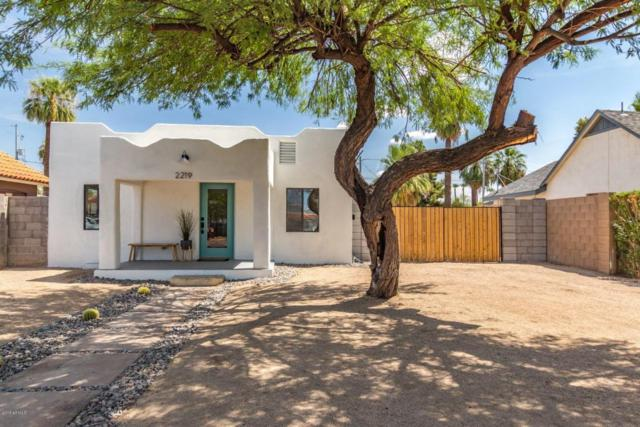 2219 N 25TH Place, Phoenix, AZ 85008 (MLS #5810595) :: The Garcia Group @ My Home Group