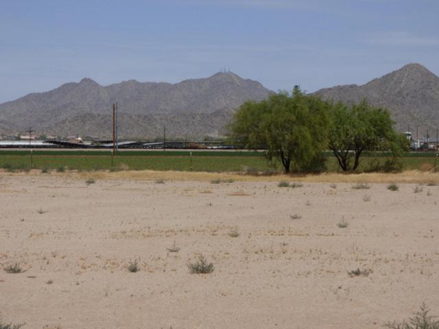 1819 N Overfield Road, Casa Grande, AZ 85194 (MLS #5810698) :: Riddle Realty Group - Keller Williams Arizona Realty