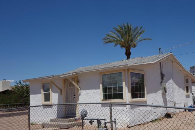 1010 N Park Avenue, Casa Grande, AZ 85122 (MLS #5812099) :: Yost Realty Group at RE/MAX Casa Grande
