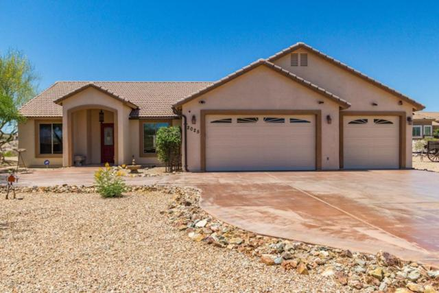 2025 W Highridge Road, Wickenburg, AZ 85390 (MLS #5814779) :: Arizona 1 Real Estate Team