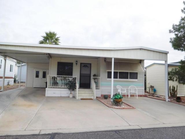 17200 W Bell Road, Surprise, AZ 85374 (MLS #5816243) :: Brett Tanner Home Selling Team
