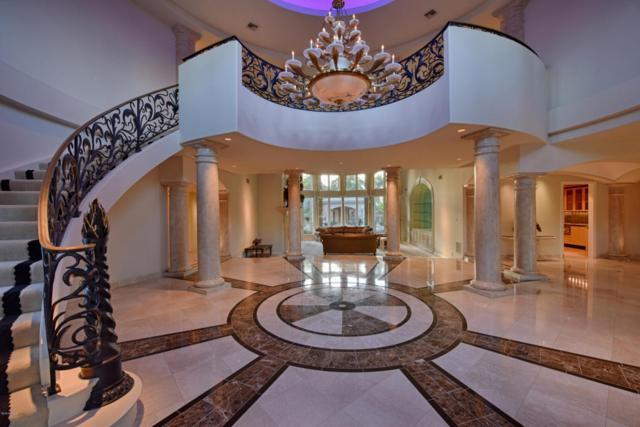 8404 N El Maro Circle, Paradise Valley, AZ 85253 (MLS #5817916) :: Santizo Realty Group