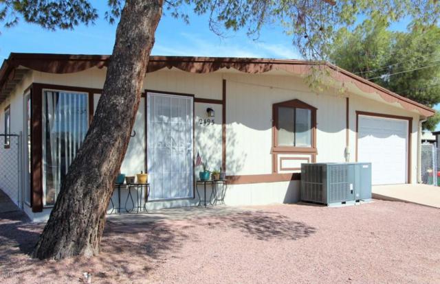 2495 W Tepee Street, Apache Junction, AZ 85120 (MLS #5818021) :: The Garcia Group