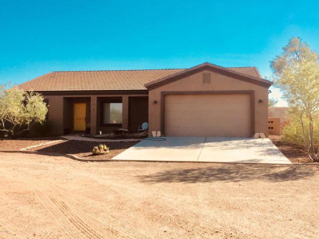 25647 W Paseo De Oro Road, Morristown, AZ 85342 (MLS #5818958) :: Brett Tanner Home Selling Team