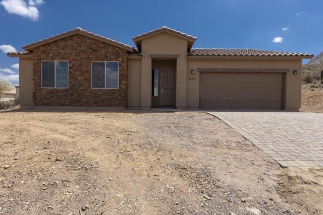 44510 N 16th Street, New River, AZ 85087 (MLS #5819406) :: Brett Tanner Home Selling Team