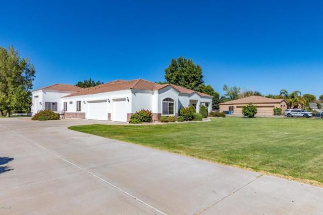 17430 E Desert Lane, Gilbert, AZ 85234 (MLS #5819476) :: The W Group