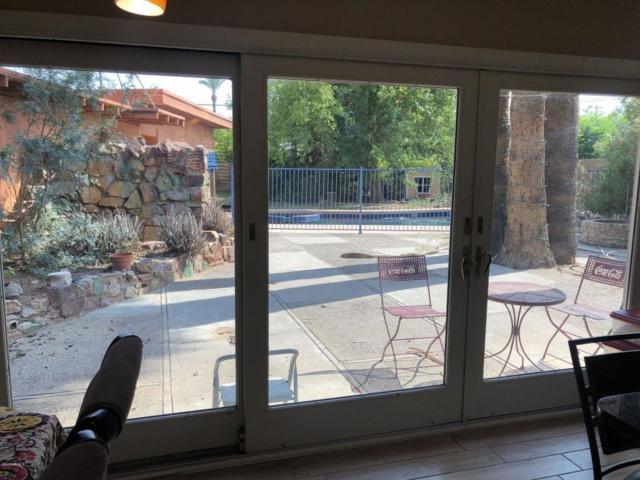 3215 E Weldon Avenue, Phoenix, AZ 85018 (MLS #5820521) :: Santizo Realty Group