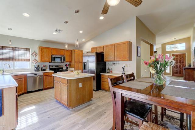 3936 W Questa Drive, Glendale, AZ 85310 (MLS #5821949) :: Conway Real Estate