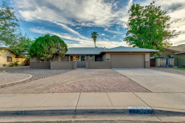 2327 E Geneva Drive, Tempe, AZ 85282 (MLS #5822380) :: Lux Home Group at  Keller Williams Realty Phoenix