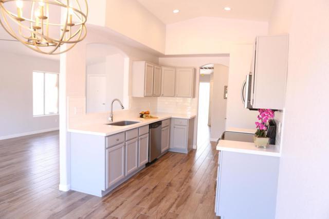 2268 E Ross Avenue, Phoenix, AZ 85024 (MLS #5822690) :: The Garcia Group @ My Home Group