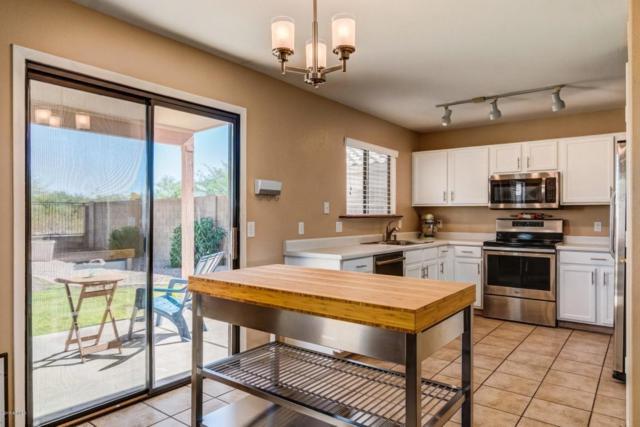 2165 E Donald Drive, Phoenix, AZ 85024 (MLS #5822990) :: The Garcia Group @ My Home Group