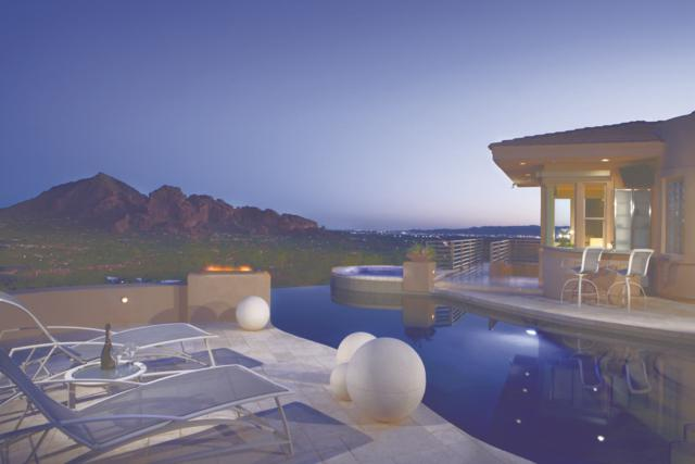 7060 N Hillside Drive, Paradise Valley, AZ 85253 (MLS #5823508) :: RE/MAX Excalibur