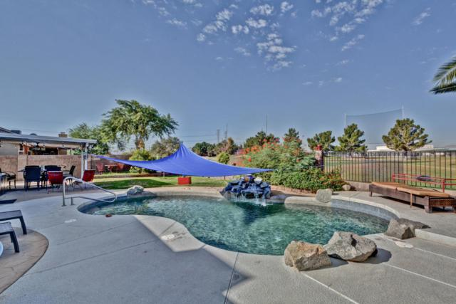 8404 N 108TH Lane, Peoria, AZ 85345 (MLS #5823907) :: The W Group