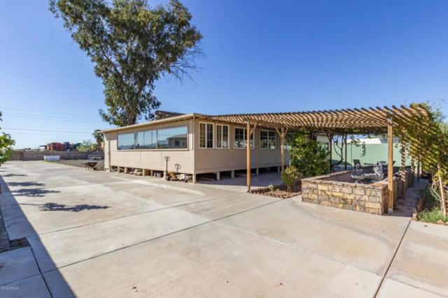 5622 S 42ND Drive, Phoenix, AZ 85041 (MLS #5825555) :: The Garcia Group @ My Home Group