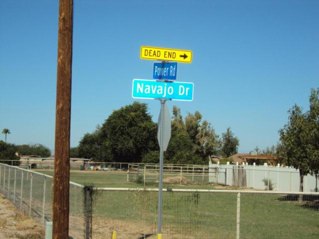 0 E Navajo Way, Queen Creek, AZ 85142 (MLS #5829391) :: Santizo Realty Group