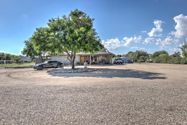 21628 S Greenfield Road, Gilbert, AZ 85298 (MLS #5833518) :: Yost Realty Group at RE/MAX Casa Grande