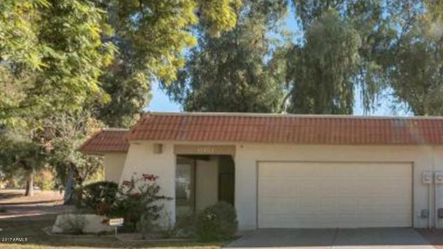 11401 S Tawa Lane, Phoenix, AZ 85044 (MLS #5833939) :: Kepple Real Estate Group