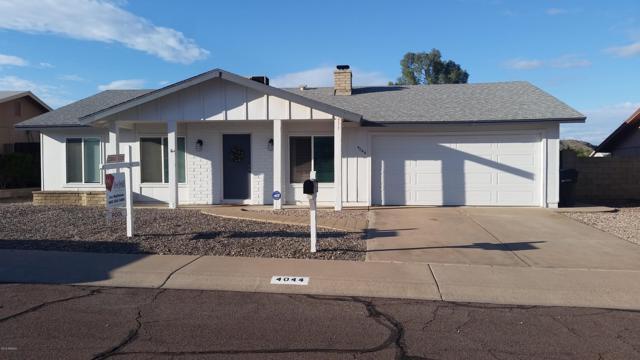 4044 E Sacaton Street, Phoenix, AZ 85044 (MLS #5834232) :: Kepple Real Estate Group