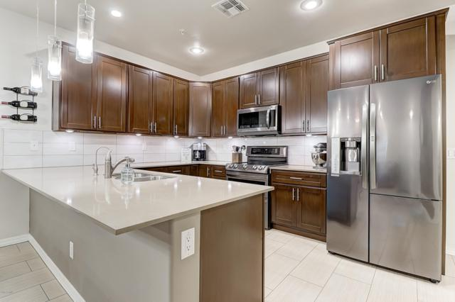 2821 S Skyline Drive #165, Mesa, AZ 85212 (MLS #5835352) :: Berkshire Hathaway Home Services Arizona Properties